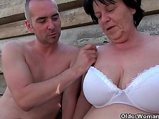 BBW granny makes the best of grandpas small penis