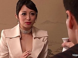Japanese Business babe in stockings gets fucked