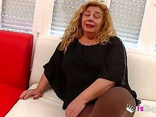 Chubby MILF has a threesome with Ainara and Jordi cause she wants to feel young again