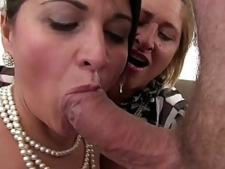 Free version Orgy in the family between sisters and the cousin who always has the cock ready