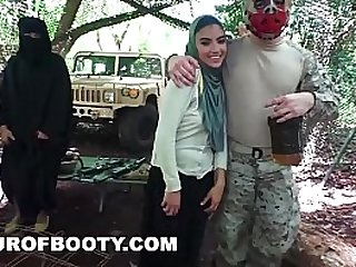 TOUR OF BOOTY American Soldiers Getting Sweet Arab Pussy During Downtime