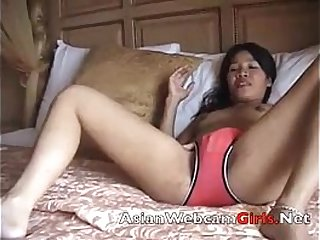 nude filipinawebcams girl gets nude and shows pussy