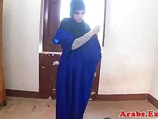 Exotic veiled muslim lady fucked balls deep