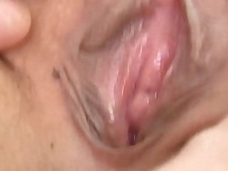 Japanese amateur showing off her pussy in high def