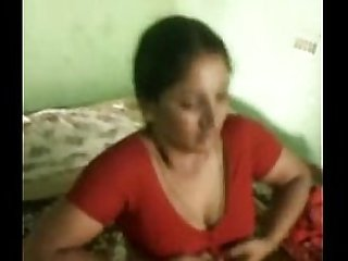 Indian Bhabhi Showing off her body N such her old boyfriend Wowmoyback