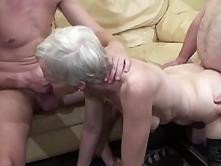Old woman makes a threesome session with her nephew and her father