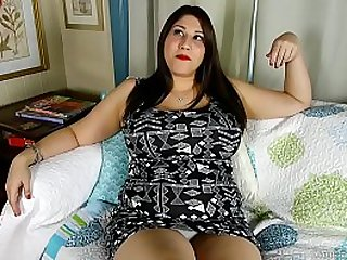 Super cute chubby honey loves talking nasty fucking her fat juicy pussy