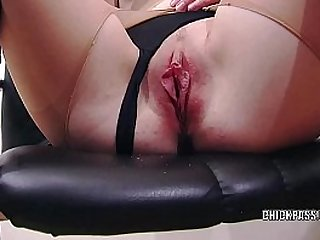 European coed Sindy Black masturbates in torn pantyhose
